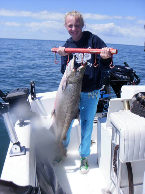 Lake ontario fishing charters salmon trout steelhead for Lake ontario salmon fishing charters