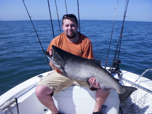 Lake ontario fishing charters salmon trout steelhead for Salmon fishing lake ontario